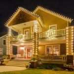 Traditional, historic craftsman style new home in Fort Worth Texas, dressed up with Christmas lights, garland and wreaths. Happy Holidays, modern vintage style, from DesignerAnnilee.com